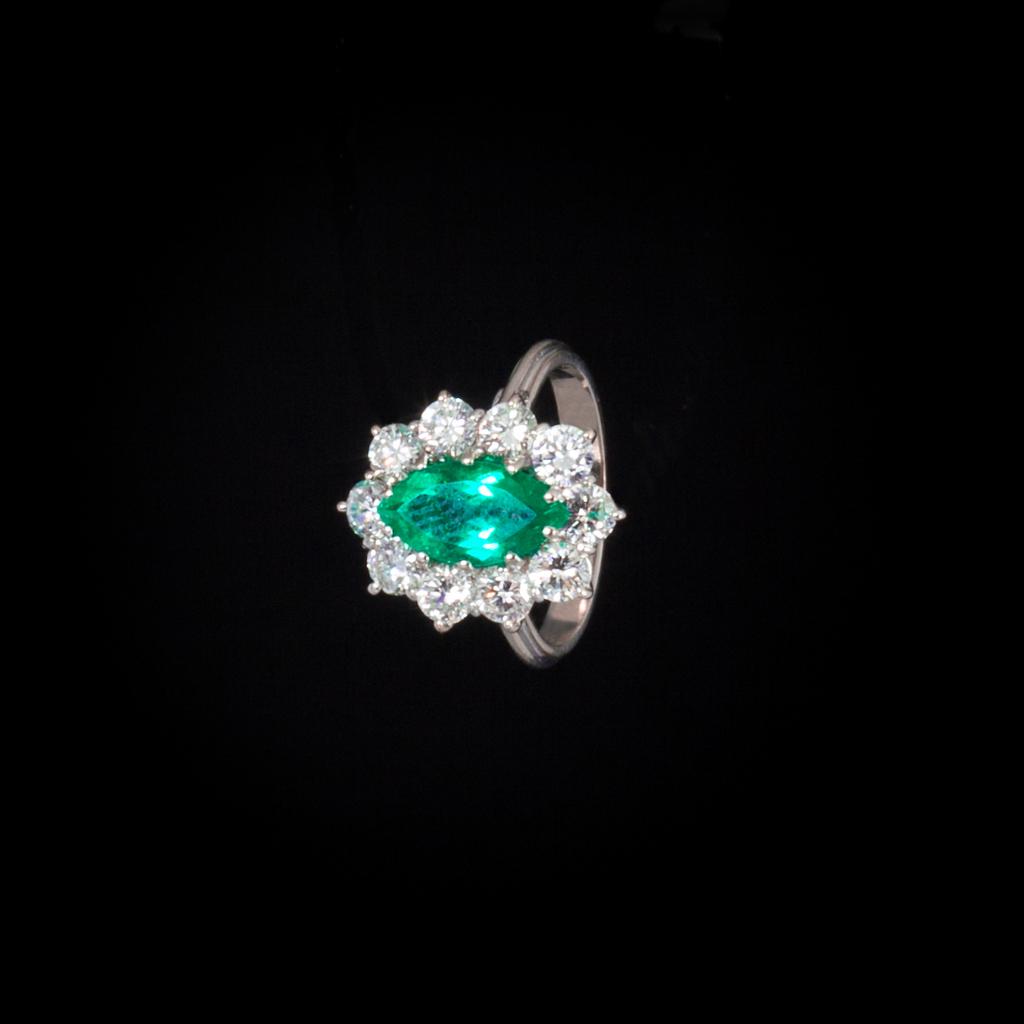 anello smeraldo e brillanti